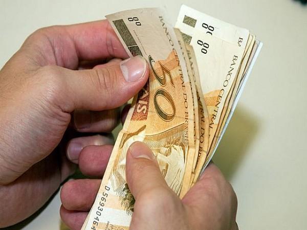 Primeira parcela do 13º salário será livre de descontos. Foto: Divulgação