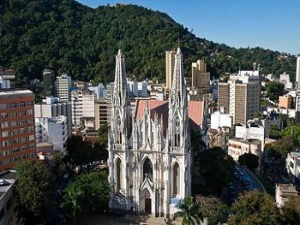 Técnicos farão a divulgação dos monumentos históricos do Centro, como a Catedral Metropolitana. Foto: Tadeu Bianconi